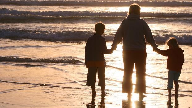Tasse: cambia la soglia di reddito per considerare a carico un figlio