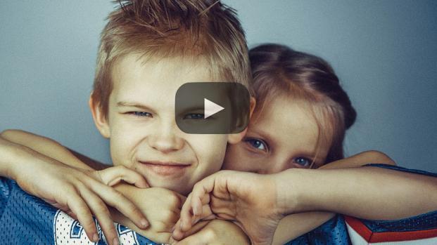 ¿Por qué los hermanos mayores no son aptos para cuidar a sus hermanitos?