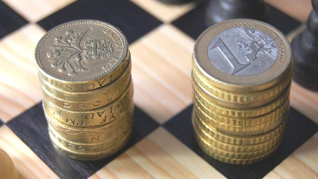 Exportadores advirtieron que la debilidad de la libra esterlina debería aumentar