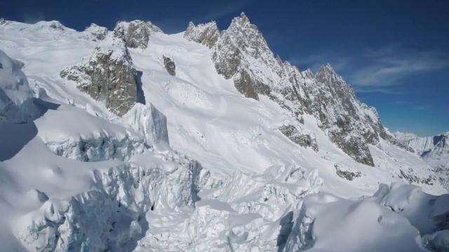 Alpes : perdu dans la tempête, il survit toute une nuit