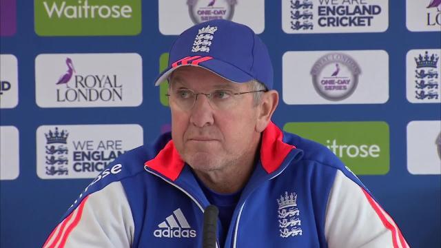 Trevor Bayliss insiste en que sigue siendo el hombre adecuado para Inglaterra