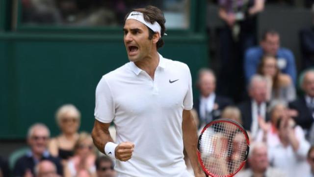 Roger Federer insta a Andy Murray a no precipitarse en su regreso