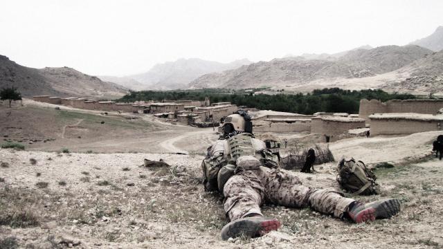 Al menos 40 muertos y 30 heridos en Afganistán: Ministerio del Interior