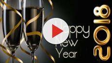 Auguri di buon anno 2018: frasi, aforismi, cartoline, immagini