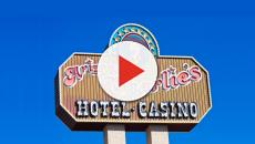 Las Vegas shooting sees two hotel security guards dead, gunman shot