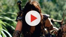 Vídeo - Atriz de 'Xena' faz ensaio sensual
