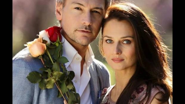 Le tre rose di Eva, Aurora si sposa VIDEO