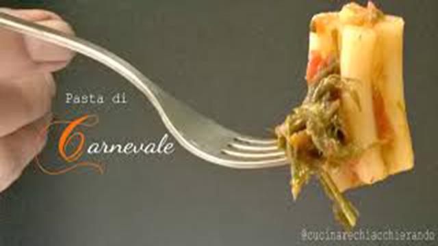 Un primo piatto famoso a Catania: la pasta a 5 buchi