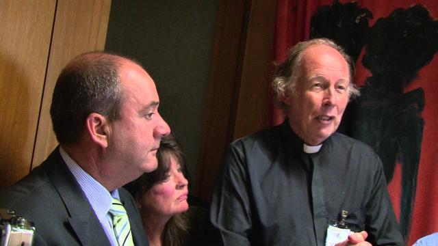 Philip Ruddock dice que las presentaciones de la religión pueden ser en secreto