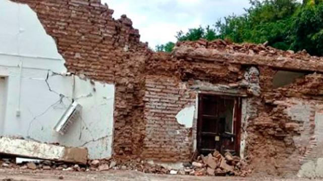 Damnificados del sismo denuncian nula atención del Gobierno