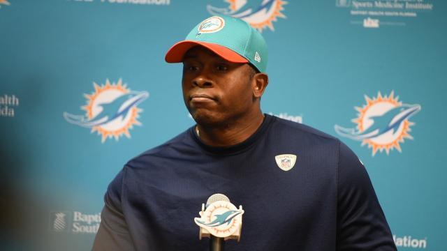 Los Broncos no dispararán a Vance Joseph después de una temporada decepcionante