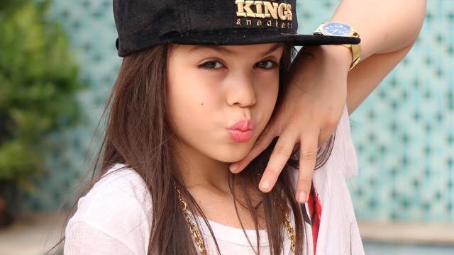 Vídeo: MC Melody faz paródia de