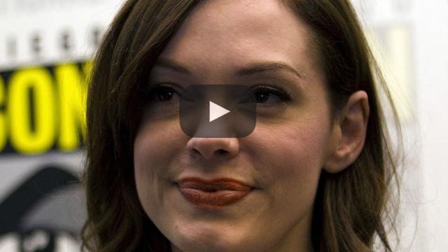 Rose McGowan tilda de falsos a sus colegas en los Golden Globes