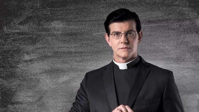 Vídeo: Padre Reginaldo Manzotti se manifesta sobre gravidez