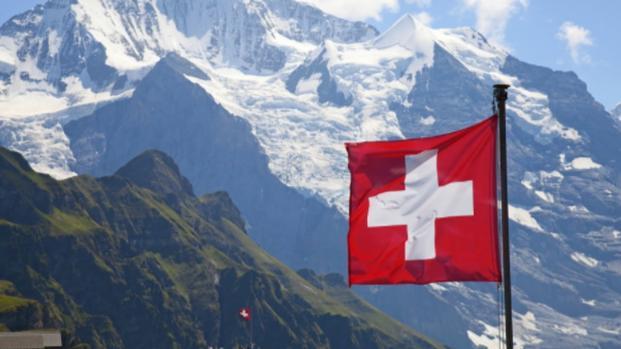 Svizzera e segreto bancario: si conserverà solo per i residenti