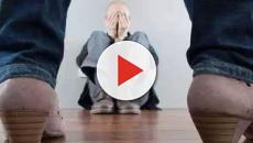 Molesta un uomo e lo aggredisce più volte: donna arrestata per stalking