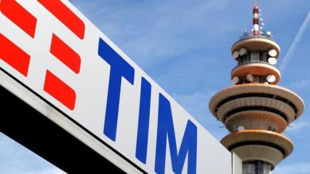 Beffa Tim: addio alla fatturazione ogni 4 settimane ma con aumento dei prezzi