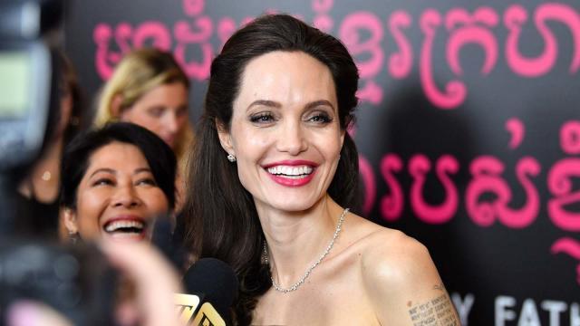 Vídeo: conheça mais sobre o irmão de Angelina Jolie