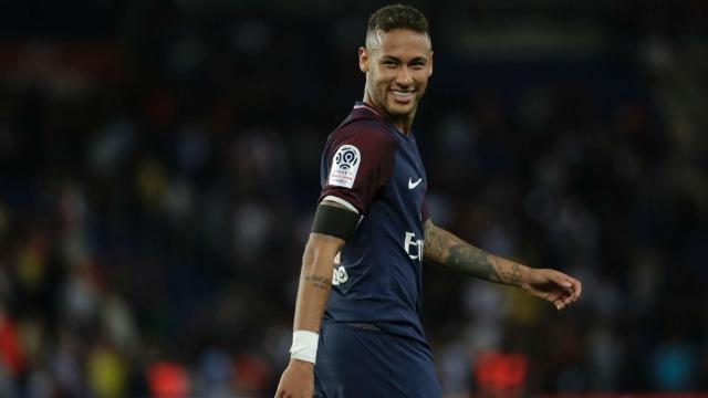 Paris Saint-Germain : le club dédramatise les sifflets à l'encontre de Neymar