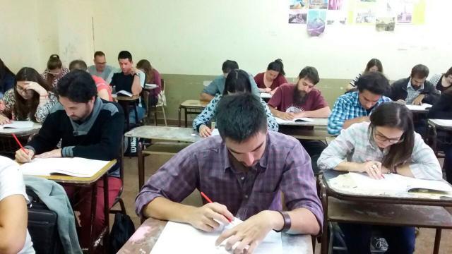 Sin presupuesto para el aumento salarial de los docentes en 2018 - Diokno
