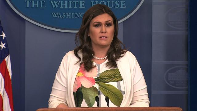 Sarah Sanders defiende la obesidad de Trump