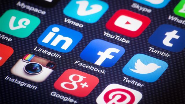 ¿Cómo protegemos a nuestros niños de las redes sociales?