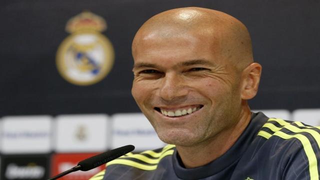Zidane: 'Siempre estoy seguro y nunca tiraré la toalla'