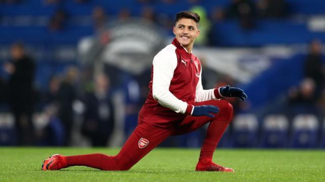 Sánchez quedó fuera del equipo del Arsenal