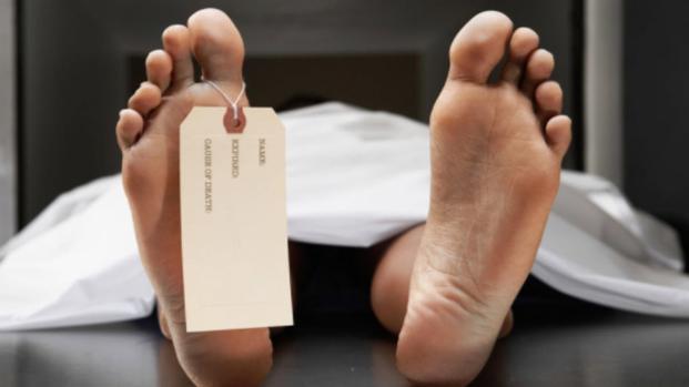 Muore a 33 anni incinta: partorisce durante il suo funerale