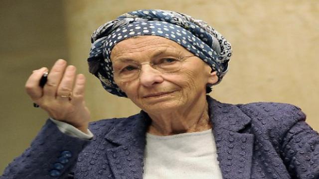 Emma Bonino: 'migranti necessari per raccogliere olive e pomodori'