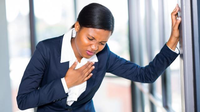Cómo contraer la gripe puede ponerlo en riesgo de sufrir un ataque al corazón