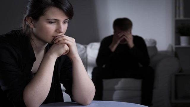 ¿Qué ayuda a explicar con qué frecuencia las personas mienten en las relaciones?