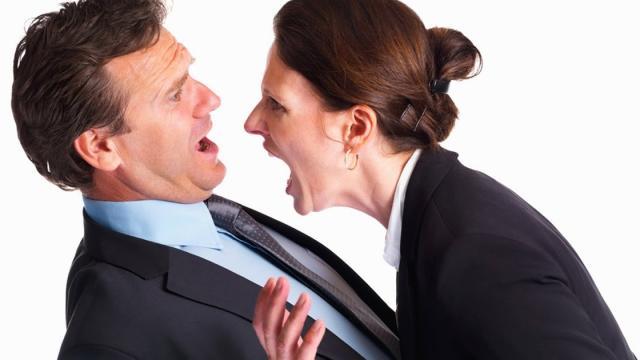 ¿Por qué tratamos de hacer que nuestras parejas sentimentales estén celosos?
