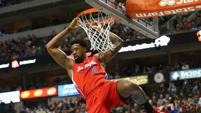 Los Rockets se niegan a negociar con Clint Capela por DeAndre Jordan, según ESPN