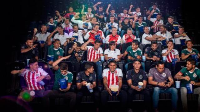 Chivas se tomo la fotografia oficial