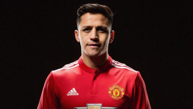 La estrella del Arsenal desairaba los intentos del Man Utd por una transferencia