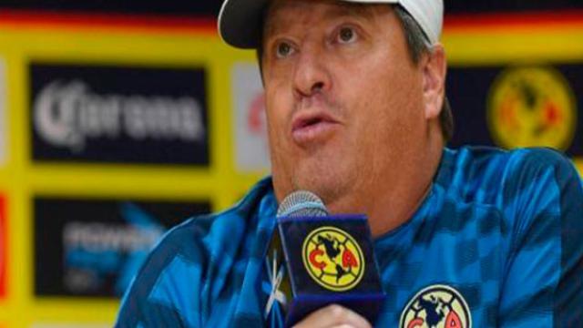 Miguel Herrera confirmó quienes cubrirán la delantera del América