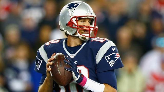Protección para la camiseta de Tom Brady; El estado de Gronkowski