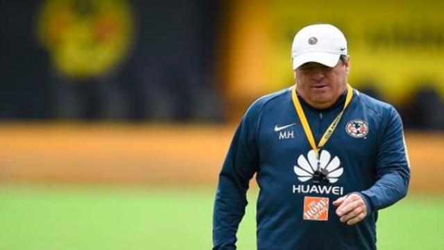 Los descartados por Miguel Herrera para el partido contra Lobos BUAP