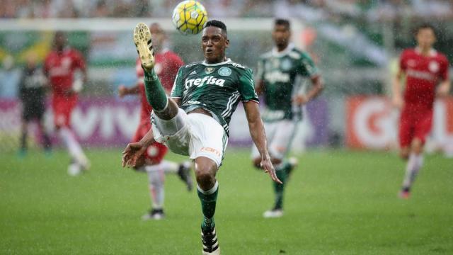Fútbol: Palmeiras anuncia la contratación de más de un centrocampista