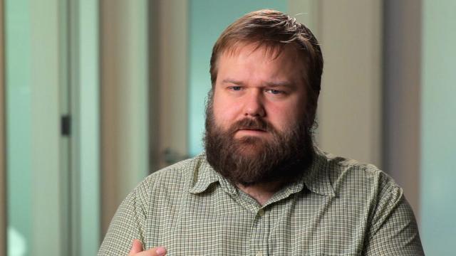 Robert Kirkman de 'The Walking Dead' dice que Carl no puede morir