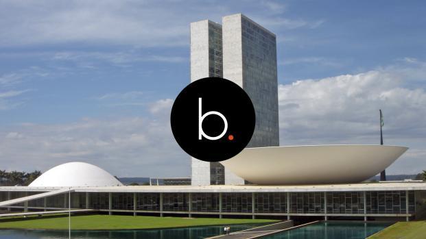 Video: 13 parlamentares recebem auxílio-moradia mesmo com imóvel em Brasília