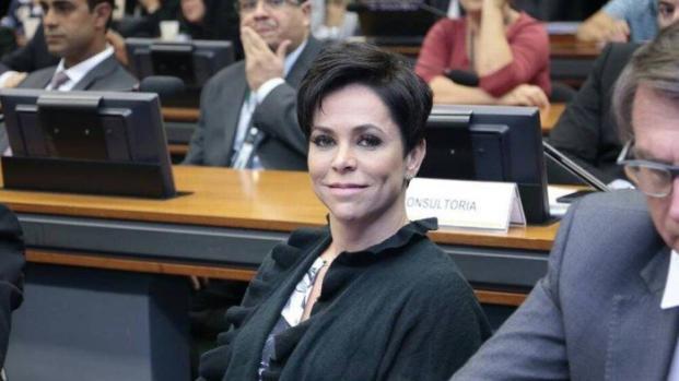 Vídeo: PTB quer que Temer insista em Cristiane Brasil para ministério