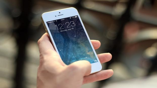 Ricerche hot: ecco cosa si rischia chi le fa dallo smartphone