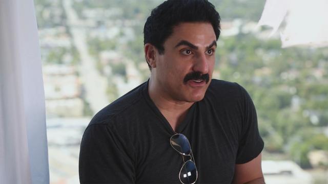 La estrella de 'Shahs Of Sunset', Reza, revela fotos de su pérdida de peso
