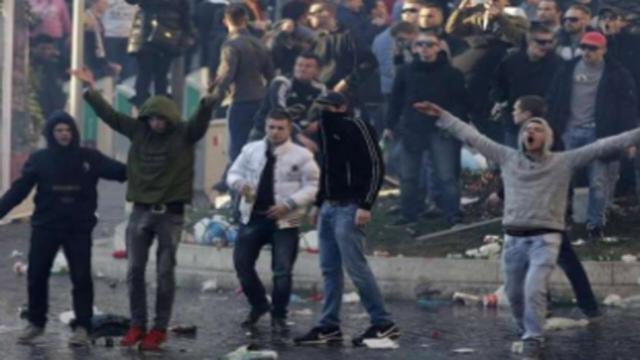 Scontri tra tifosi e polizia in Serie C, ecco cosa è successo