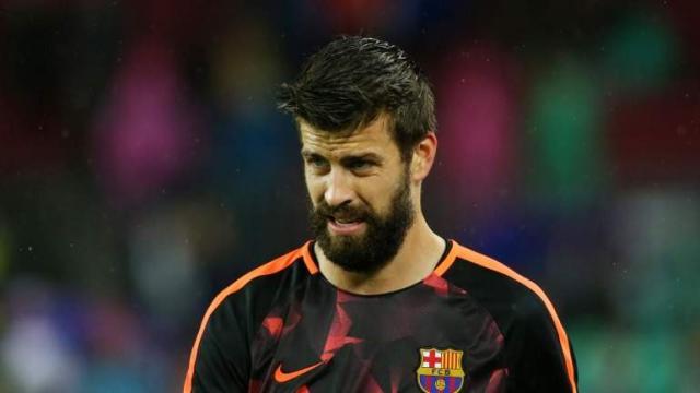 Piqué del Barça enfrenta hasta un mes fuera de juego