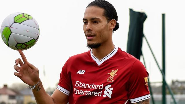 Dijk dice que puede manejar el escrutinio después de la transferencia de £ 75m