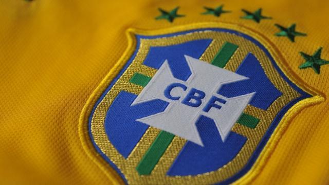 Fútbol: En Brasil no ven con buenos ojos el video árbitro