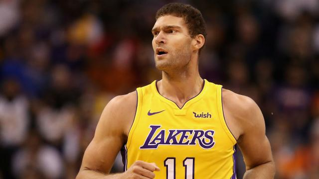 Rumores de Lakers: Brook Lopez podría terminar con el Houston Rockets